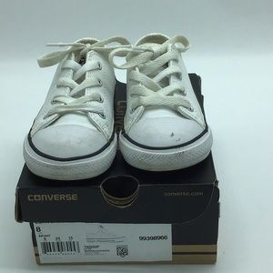 Kids White Leather Converse Sneakers Sz 8 Infants